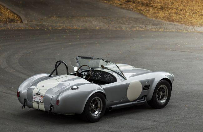 Оригинальную 427 S/C Cobra продадут более чем за 2 миллиона долларов (ФОТО)