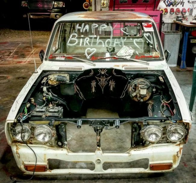 Древнюю Toyota Hilux, выпущенную в 77, оснастили V8 и продают в США (ФОТО)