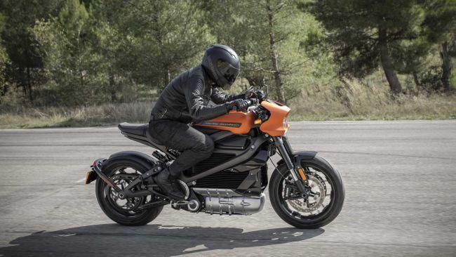 Harley-Davidson представит электрический мопед Livewire (ФОТО)