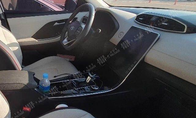 Обновленный Hyundai Santa Fe получит интерьер как у премиум класса (ФОТО)