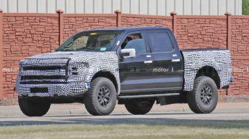 На тестах замечен прототип обновленного Ford F-150 Raptor 2022