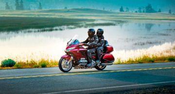 Мотоцикл Honda Gold Wing получил заметно увеличенный багажник