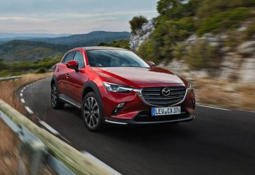 Mazda CX-3 обновили в погоне за технологичностью