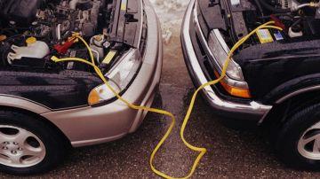Автоэксперт назвал частую ошибку водителей, которая может привести к взрыву авто