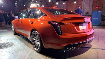 Для седанов Cadillac CT4-V и CT5-V с приставкой Blackwing ограничили число предзаказов