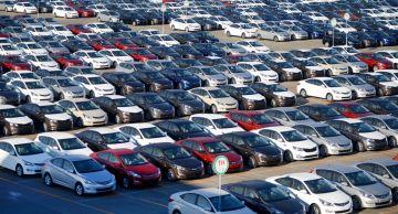 В 2020 году продажи автомобилей во Франции снизились на 25,5%