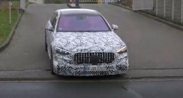 Mercedes-AMG S63e тестируют на Нюрбургринге (ВИДЕО)