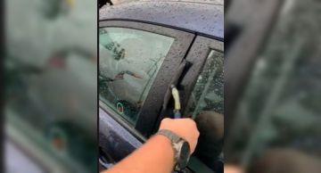 Эвакуаторщик за считанные секунды открыл Hyundai Elantra без ключа (ВИДЕО)
