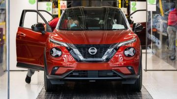 Nissan приостановит производство в Великобритании из-за сбоя поставок