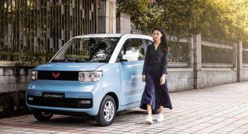 Электрокар Hong Guang Mini EV получил статус главного конкурента Tesla Model 3