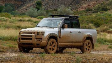 Новый Land Rover Defender может всё же стать пикапом