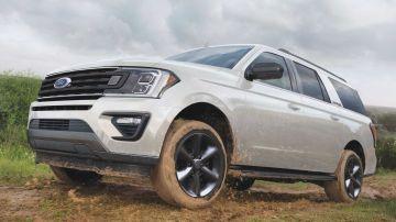 Ford Expedition получил новую базовую версию (ВИДЕО)