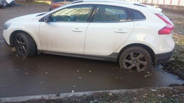 Автоэксперт рассказал, как не надо парковать машину