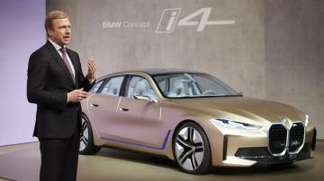 Глава BMW спрогнозировал спад продаж электромобилей Tesla