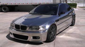BMW M3 эффектно смотрится с полностью хромированным кузовом (ВИДЕО)