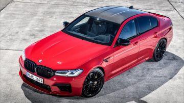 BMW M5 Competition 2021 несется по автобану (ВИДЕО)