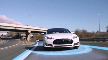 Компания Tesla хочет увеличить число тестирующих автопилот водителей в 10 раз