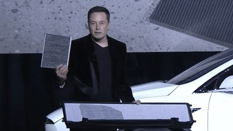 Маск заявил, что климатические системы Tesla в десять раз лучше любых других
