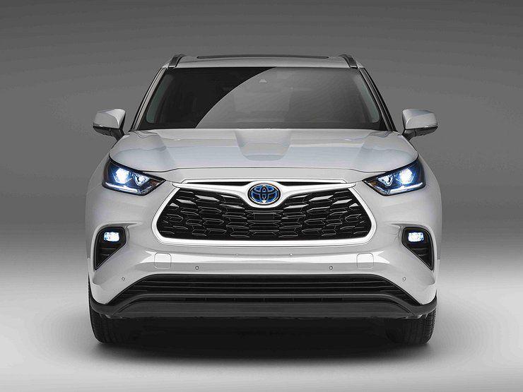 Кроссовер Toyota Highlander получил новую версию